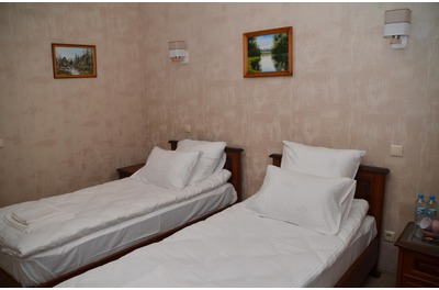 Classic double room with two single beds (№2)